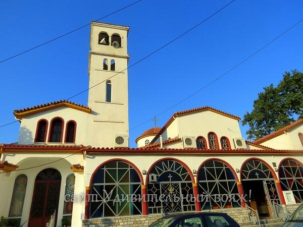 церковь в Платамонасе