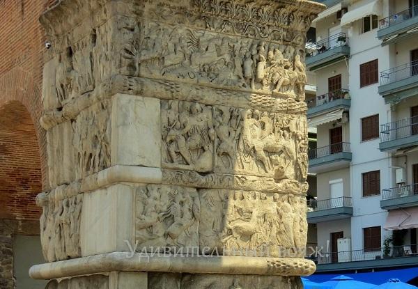 Триумфальная арка Галерия, Греция
