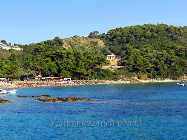 пляж Греции на острове Скиафос