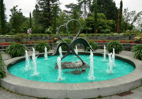 фонтан на острове цветов Майнау