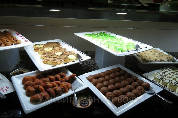 питание в отеле Grand Pearl Beach Resort