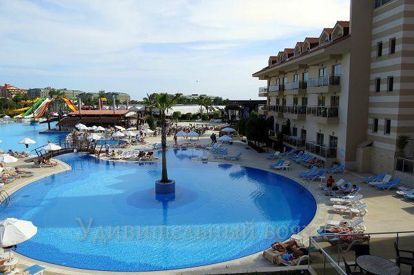 отель Grand Pearl Beach Resort & Spa 5*
