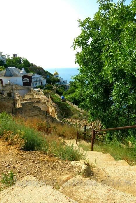 дорога к к Свято-Георгиевскому монастырю