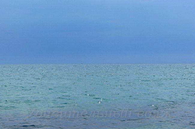 Черное море в июне