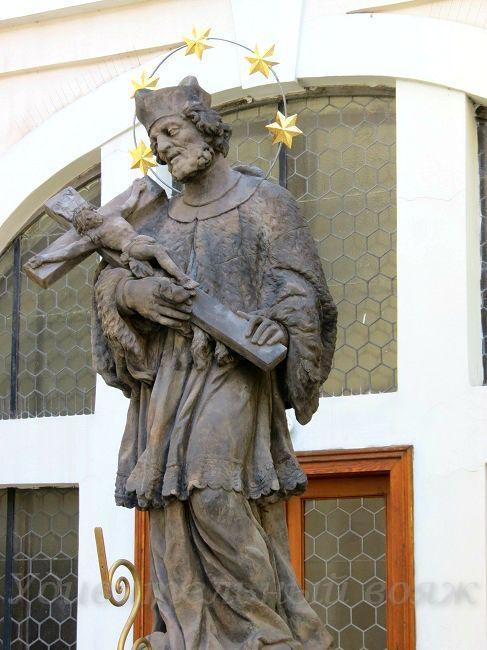скульптура Яна Непомуцкого