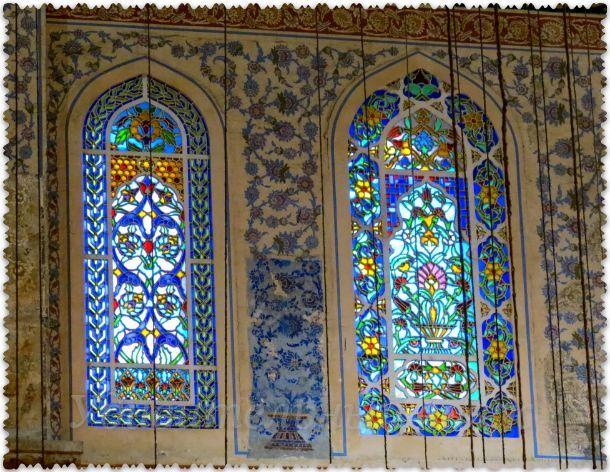 окна в Голубой мечети