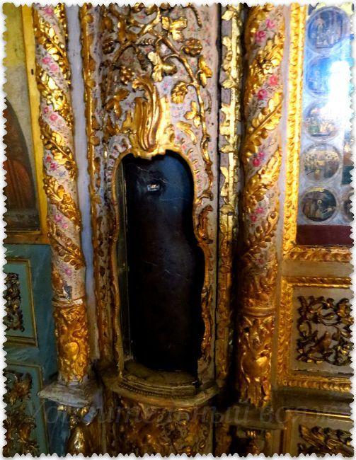 stolb bichevanija Iisusa v hrame Stambula
