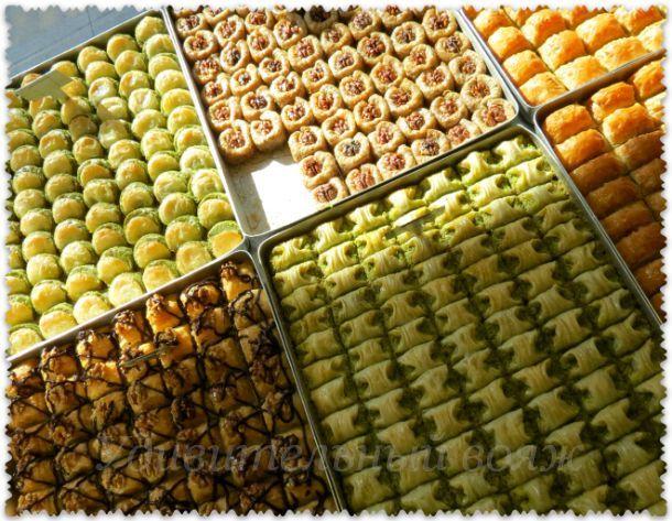 магазин восточных сладостей в Стамбуле