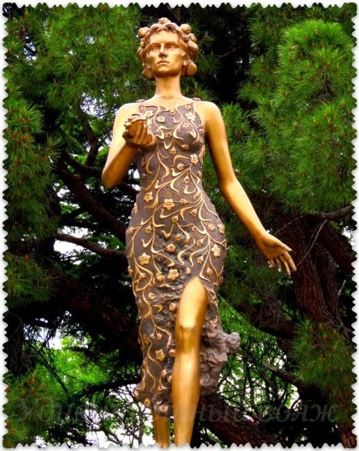 boginja Flora v Nikitskom botanicheskom sadu
