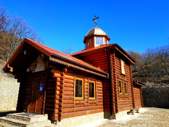 kiziltashskij-muzhskoj-monastyr
