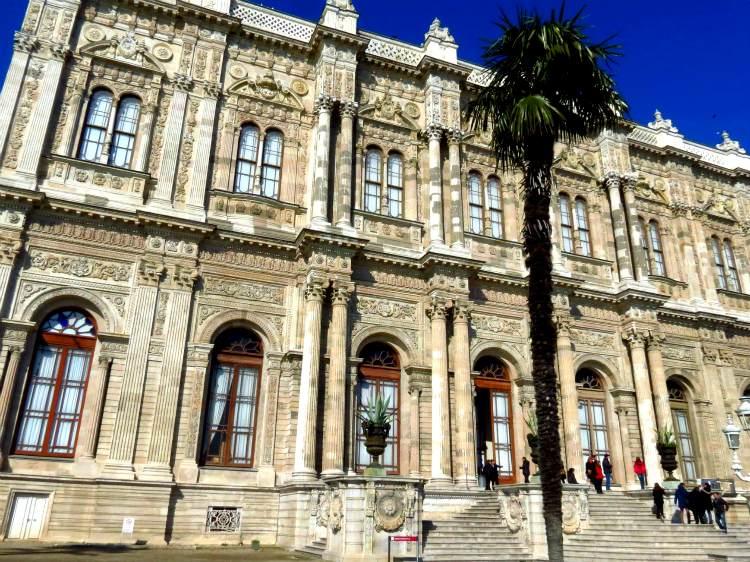 jekskursija vo dvorec Dolmabahche