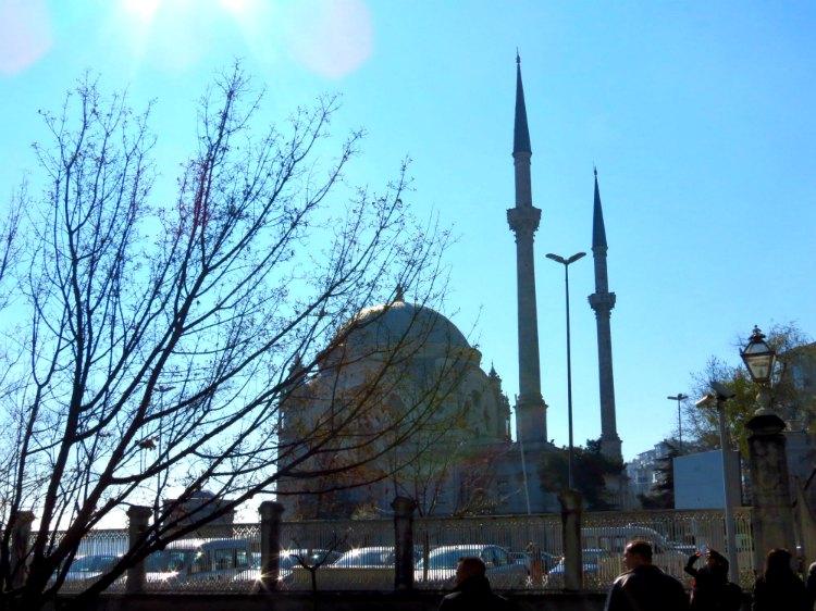mechet' Dolmabhche v Stambule