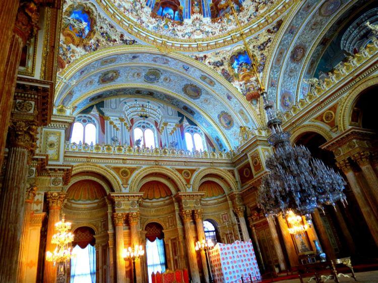 zaly vo dvorce Dolmabahche
