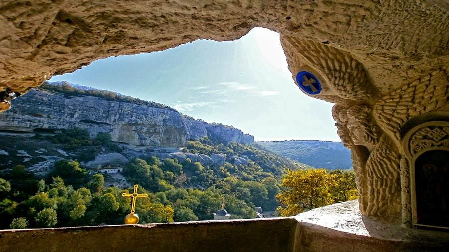 поход в Свято-Успенский пещерный монастырь