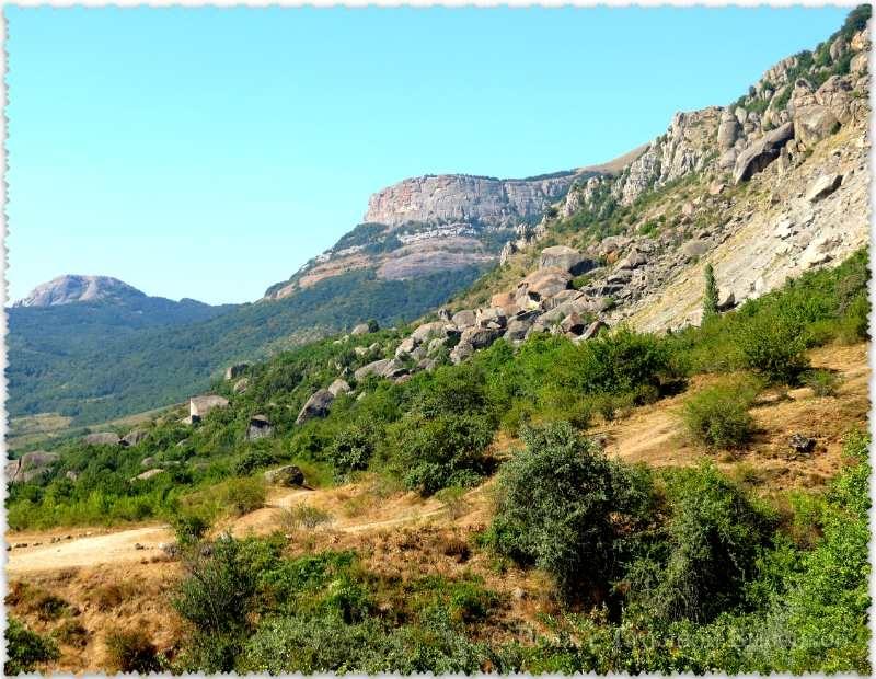 Dolina prividenij v Krymu