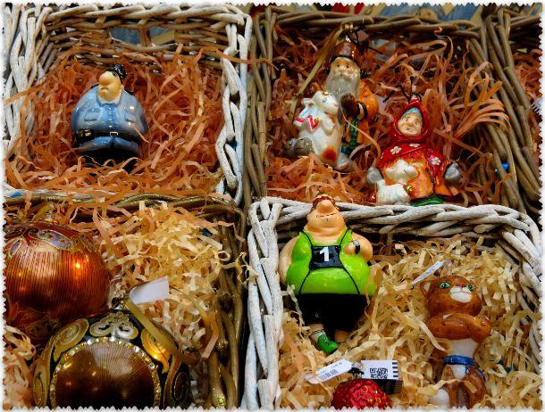 новогодние игрушки ручной работы в ГУМе