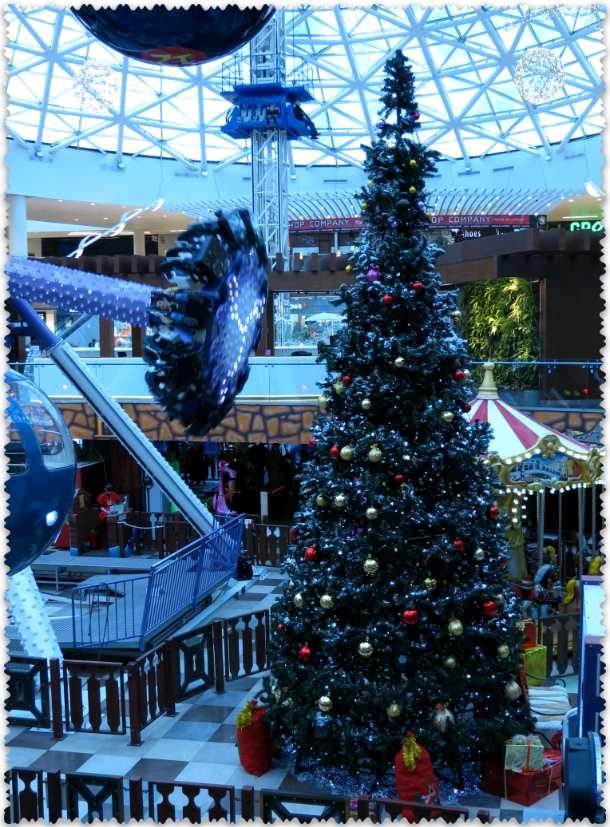 елка в ТРЦ Vegas на Каширском шоссе