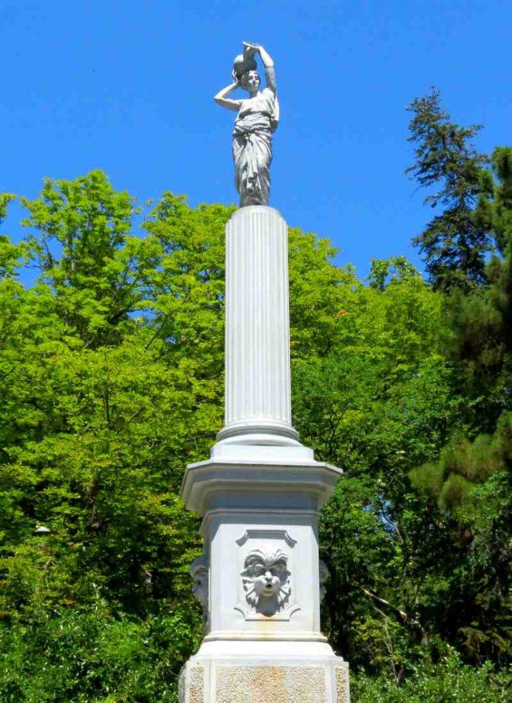 fontany v Gurzufskom parke