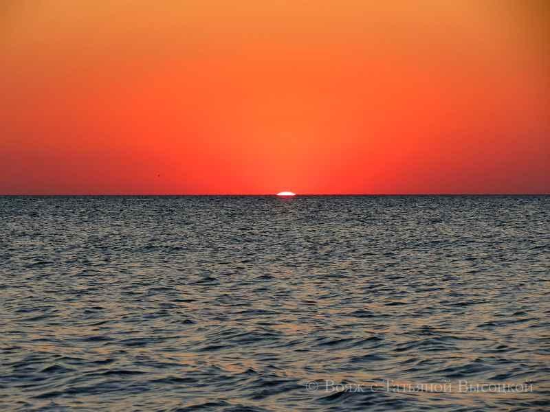 красивый закат в Крыму