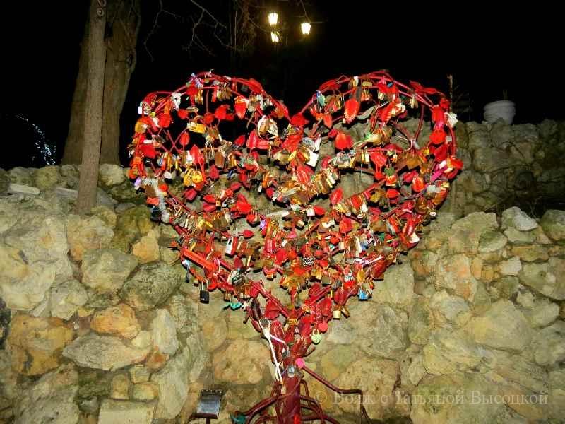 Derevo ljubvi na Primorskom bul'vare