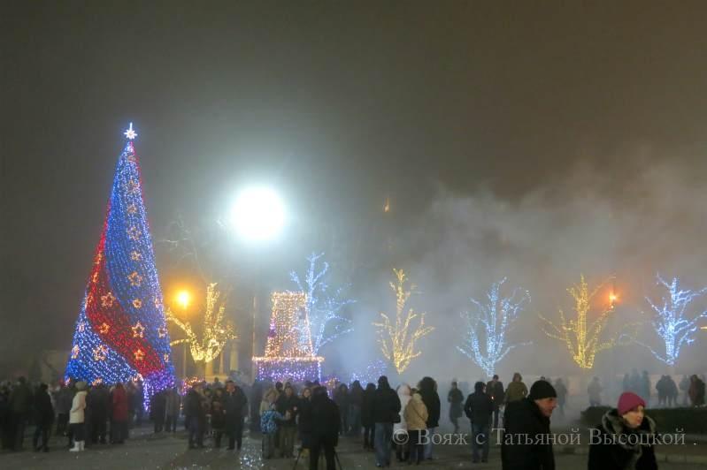 ploshhad' Nahimova v Sevastopole na Novyj god