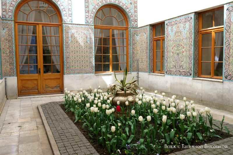 Arabskij dvorik v Livadijskom dvorce