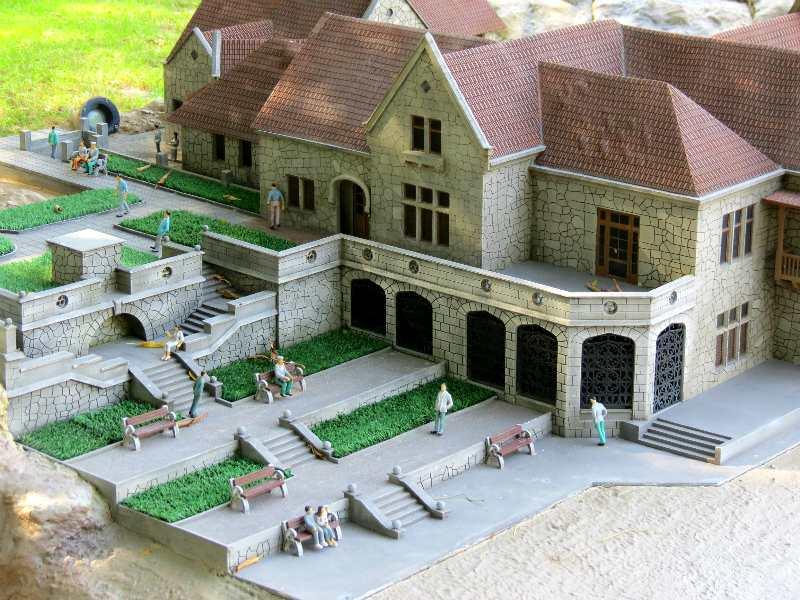 dvorec Haraks