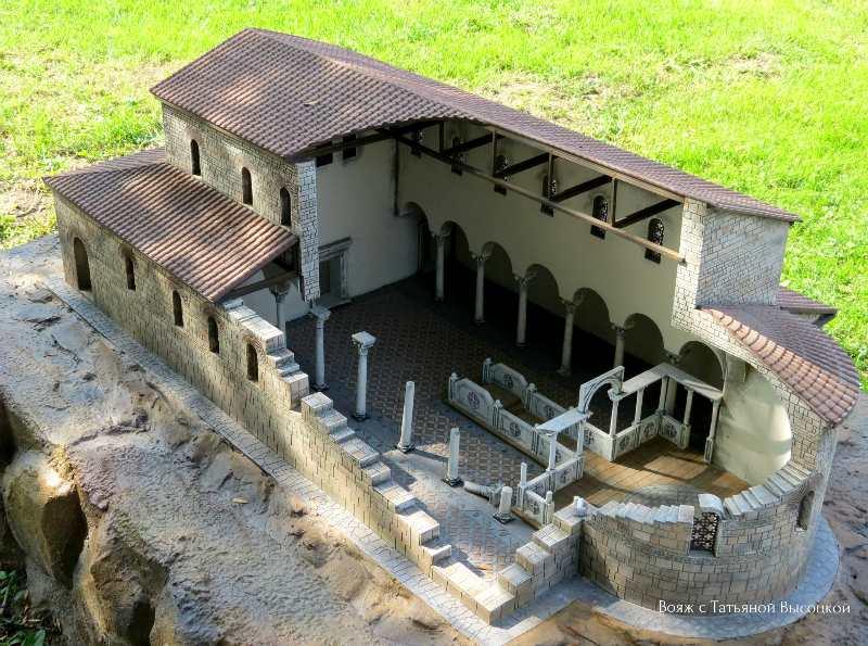 rekonstrukcija baziliki v Hersonese