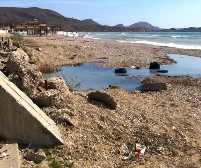 Koktebel', kanalizacija v more
