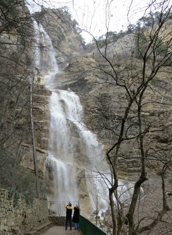 vodopad Uchan-Su v marte