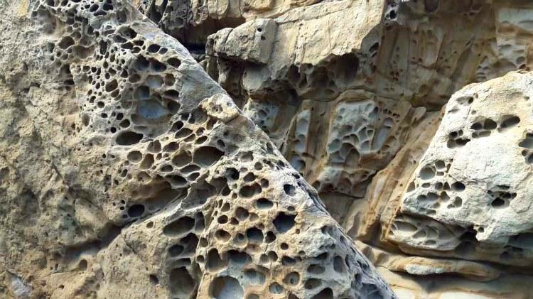 syrnye-skaly-v-malorechenskom-alushta