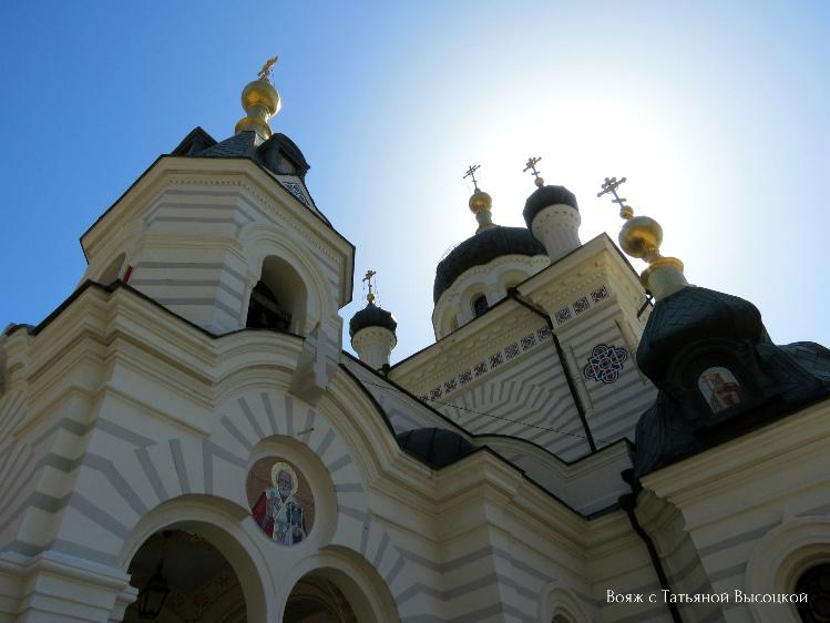 vidovaya-ploshchadka-forosskij-hram