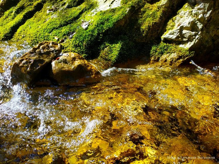 vodopad-v-ushchele-kok-asan
