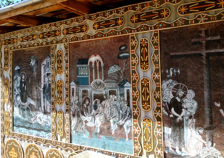 hram-svyatoj-anastasii-v-kachi-kalone